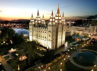 Interest in Mormons rises as Romney seeks presidency