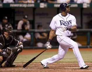 Floyd's 9th-inning homer lifts Rays over White Sox