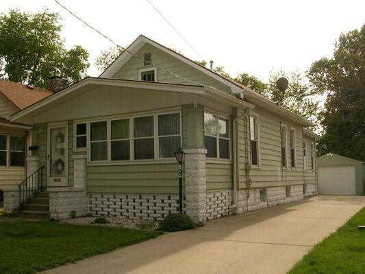2 Bedroom Home in Bloomington - $85,900
