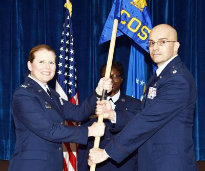 PARIS, TN: Barker assumes command of med squadron