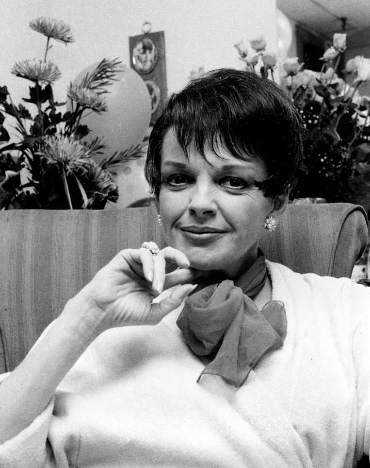 Judy Garland\'s grave moved to California | National | parispi.net