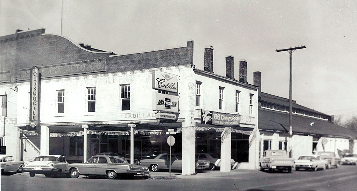 Local Car Dealers >> Downtown Paris Was Once Hub Of Local Car Dealers Business