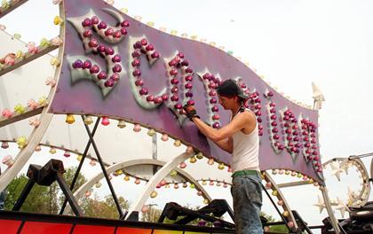 Paris tn worlds biggest fish fry carnival arrives in paris tn paris tn worlds biggest fish fry carnival arrives in paris tn publicscrutiny Choice Image