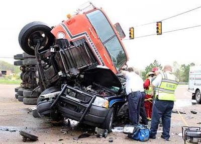 Paris TN: Henry TN police chief seriously injured in wreck ...