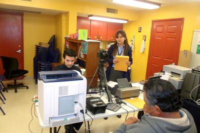 Mobile Mexican Consulate comes to Parker | News