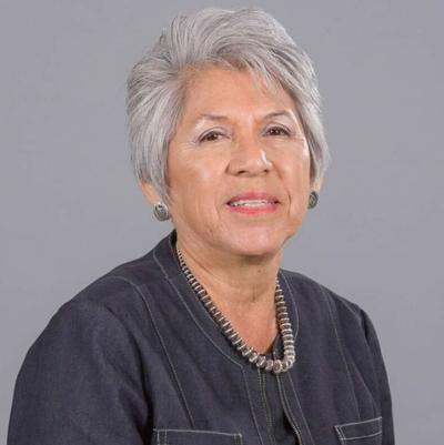 Amelia Flores