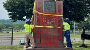 Marshall monument removed