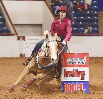 Lindsay team first at Texas event