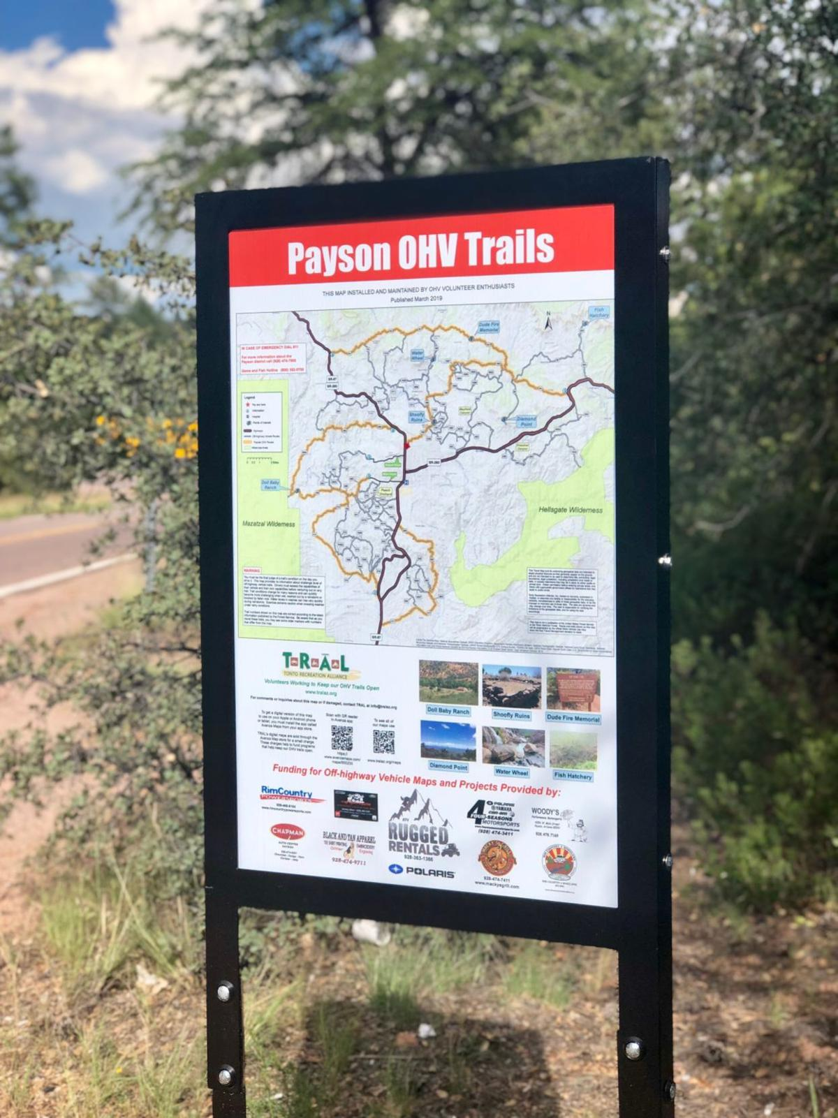 trail sign AB.jpg