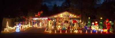 12132012christmaslightwinners1007ChathamDr.773AT