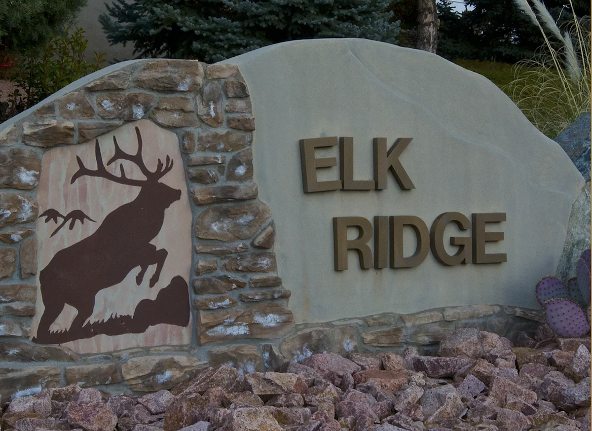 Elk Ridge homeowners association sign
