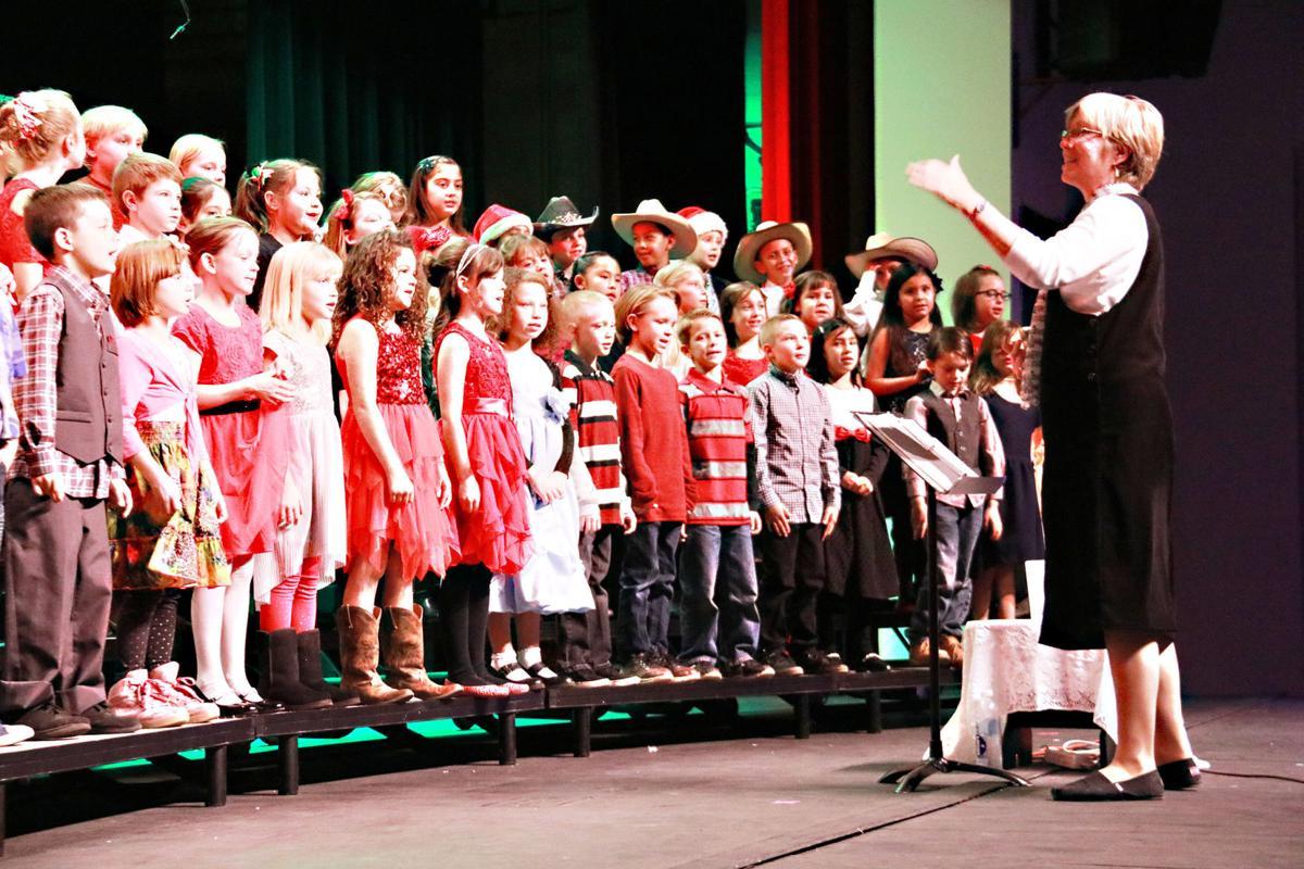 JRE Christmas Concert 2017 0verride 2019-20