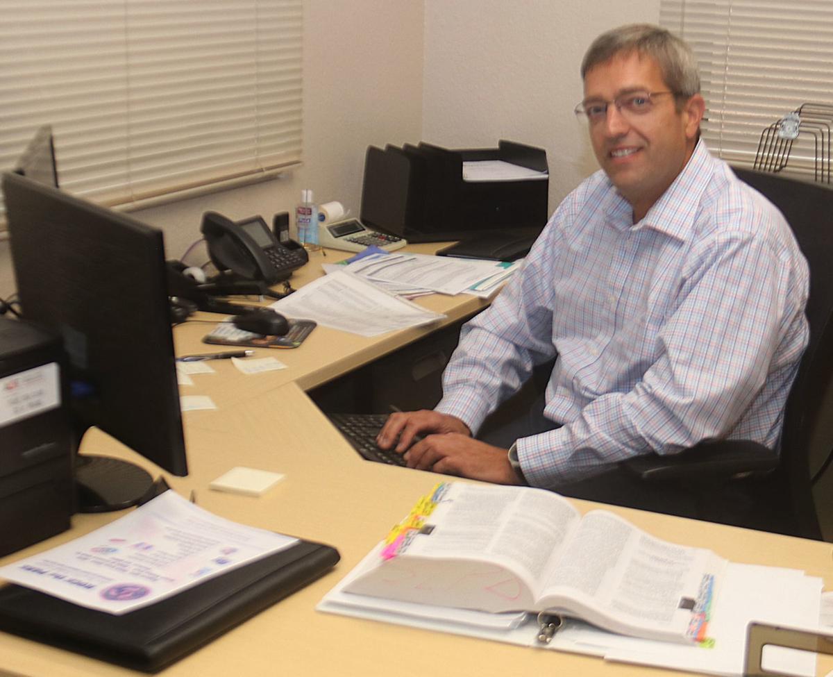 Payson Police Chief Ron Tischer at desk