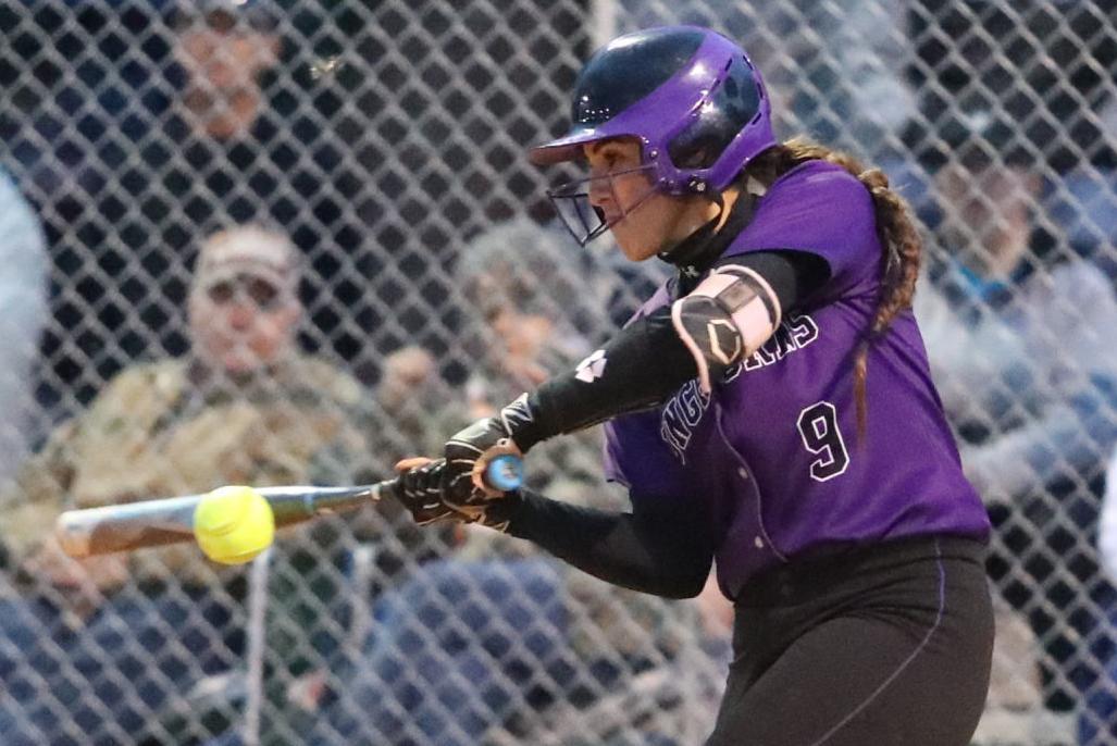 Softball Raci Miranda Batting 2019