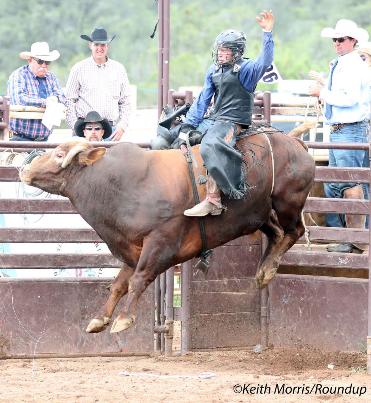 wm c300 Bull Riding-Sean Peterson-Bad Guy A95I1350.jpg