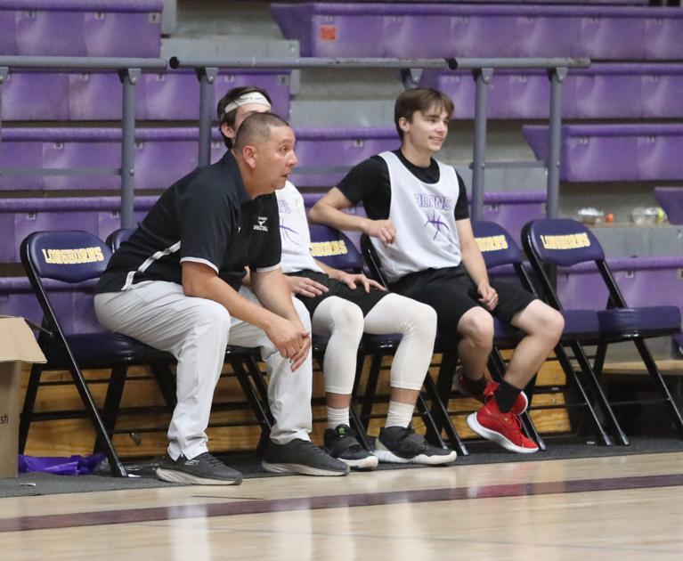 Hoops heat up court in Longhorn Shootout