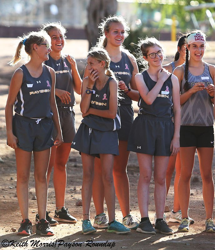 XC 2019 Girls Laugh w800pix