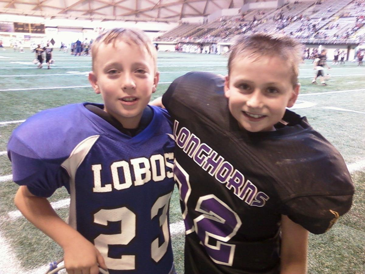 Football Cousins Porter and Taylor Flake Contributed