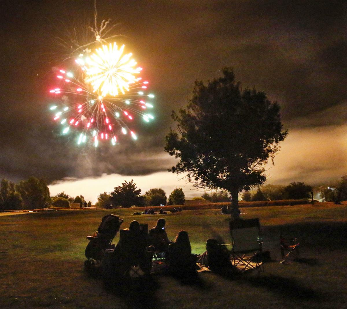2019 fireworks Payson green valley park