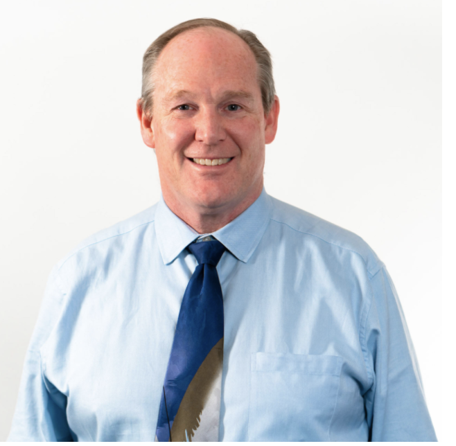 Headshot Dr. Alan Michels