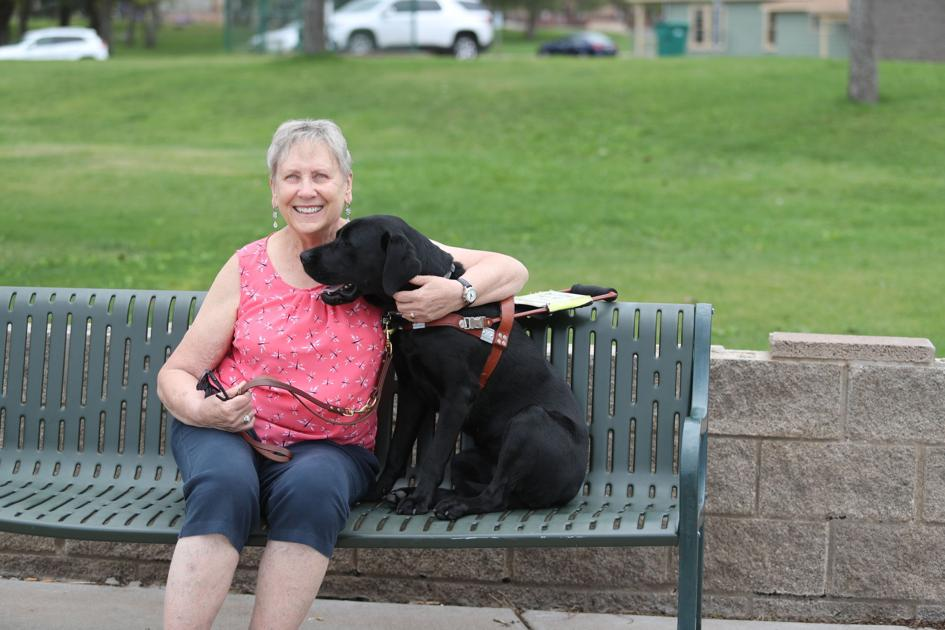 Giving service dogs, owners their space