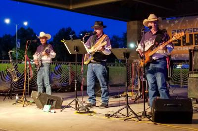 Junction 87 concert in the park draws a crowd