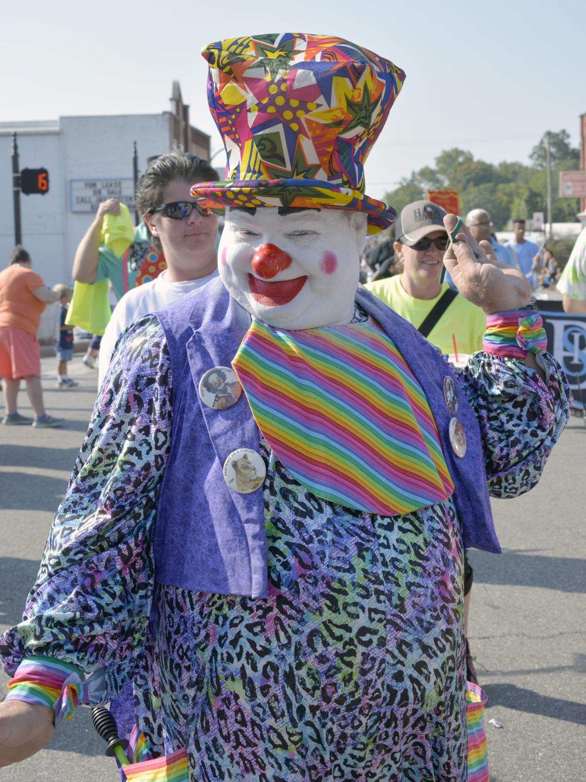 DCNWS 9-5 Clown.jpg