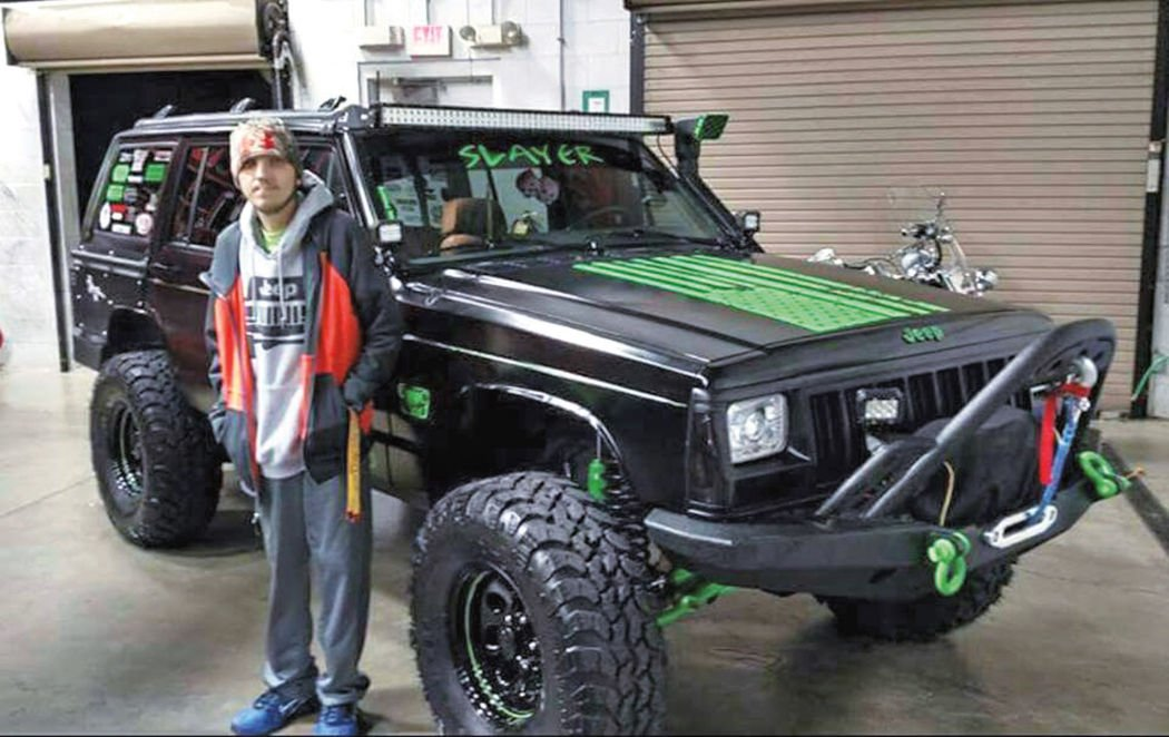 Teen battling cancer s his Jeep tricked out