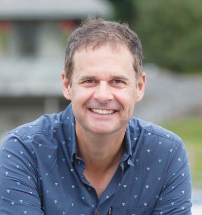 Paul MacNeill