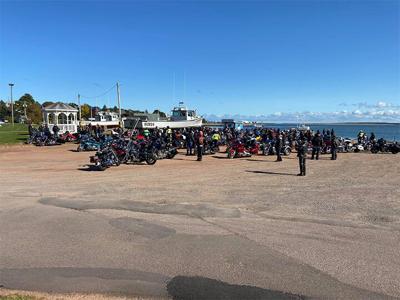 100 bikers