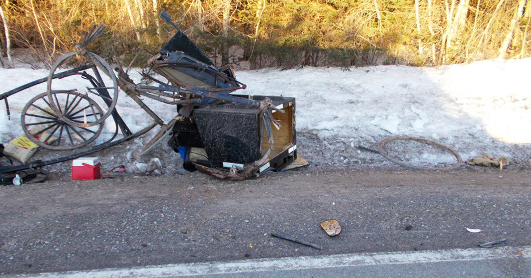No serious injury in early morning buggy and truck collision