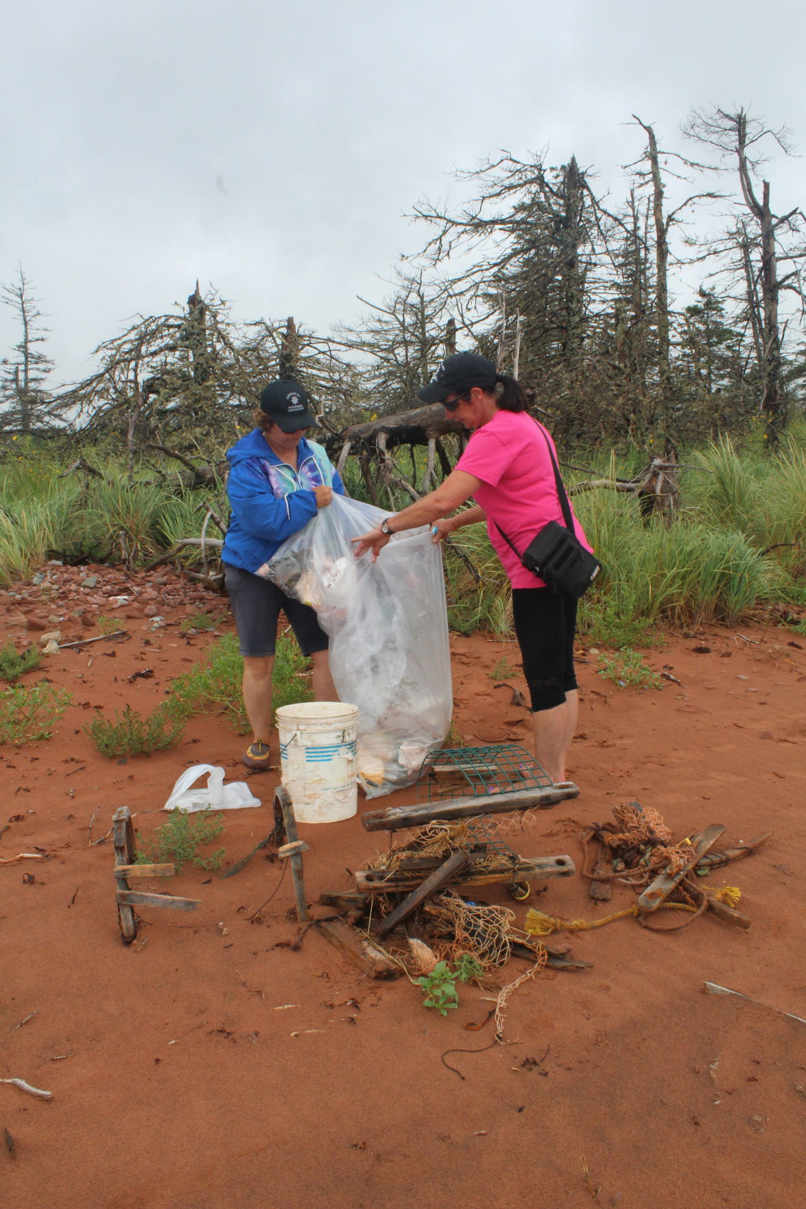 Garbage cans making a difference for beach cleanup