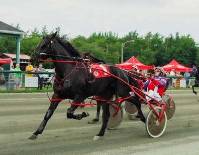 Hotlikewasabi and driver Richie Baryluk