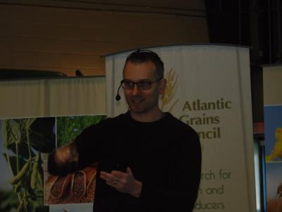 Foster addresses grains council