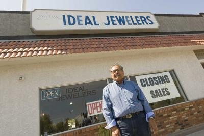 Ideal Jewelers Closing