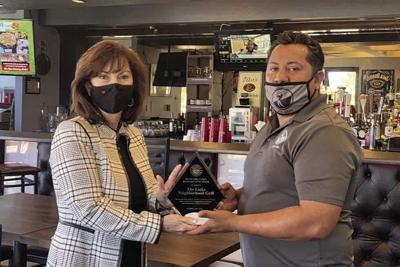 Mayor Cathy Carlat Links Neighborhood Grill Gabriel Rivas