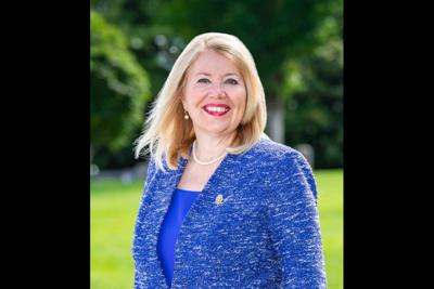 Rep. Debbie Lesko (R-District 8)