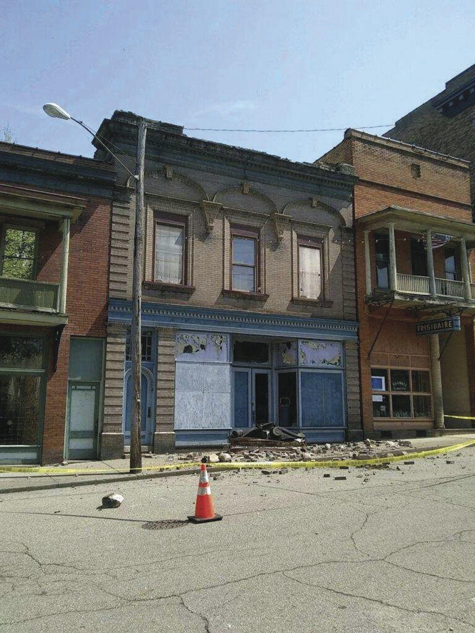 Shawnee roof collapse