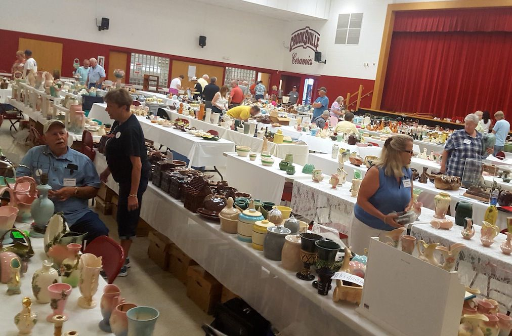 Hull Pottery Association (HPA) Show and Sale