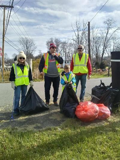 Roadside Cleanup Day at Buckeye Lake
