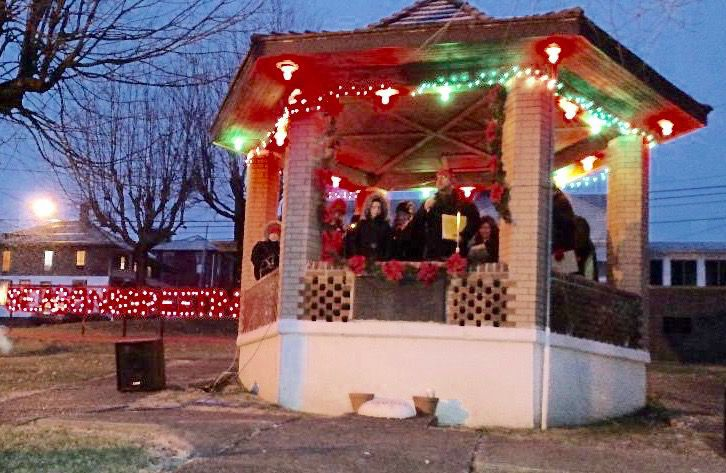 destination shawnee to present small town christmas celebration
