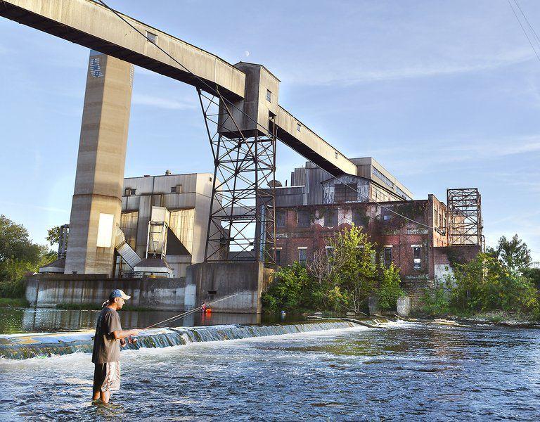 Eel River dams