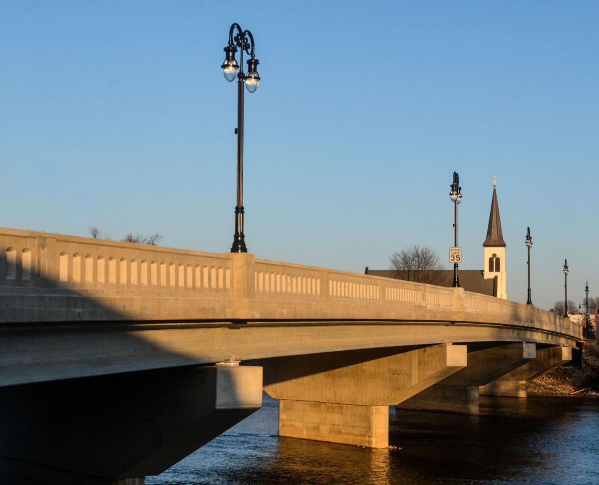 Market Street Bridge reopens