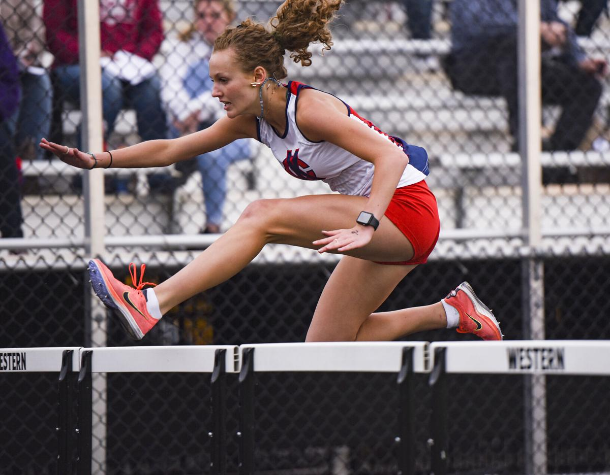 girls track and field sectional 0004.jpg