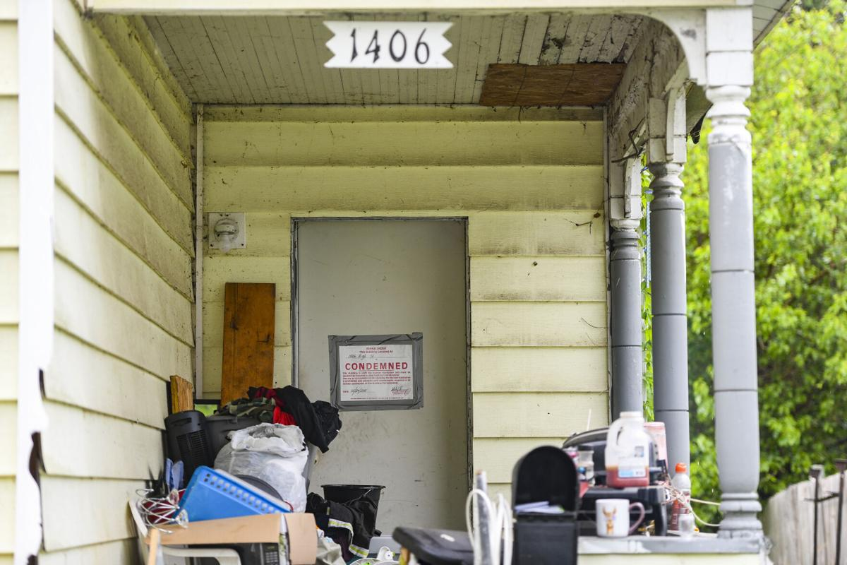 1406 high condemned 0002.jpg