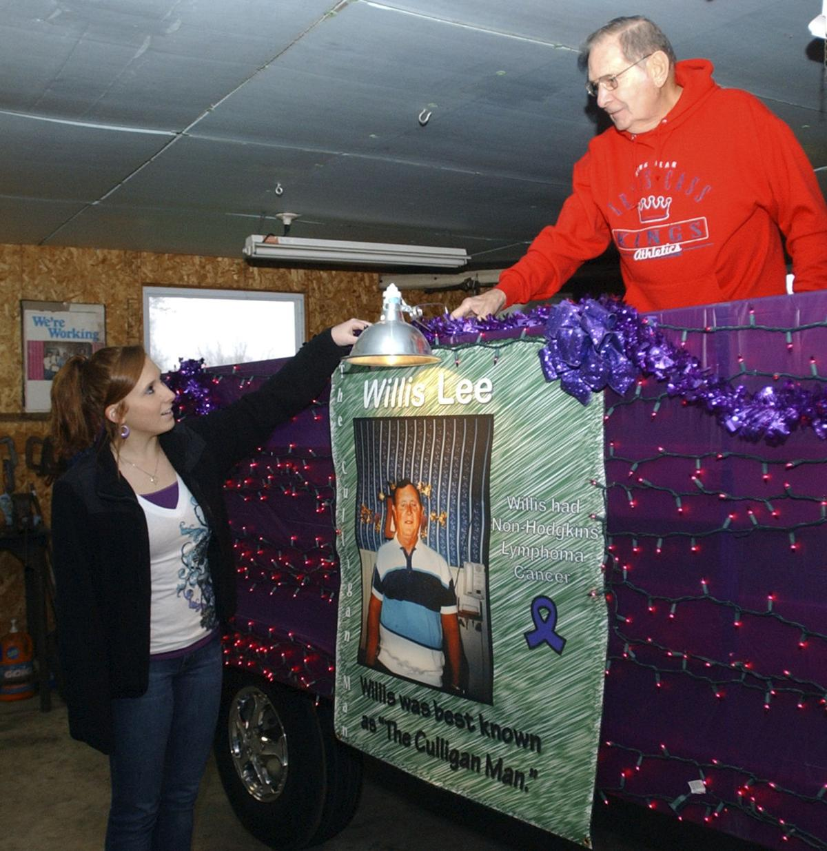 Lighting up Logansport: Annual holiday parade set for Friday ...