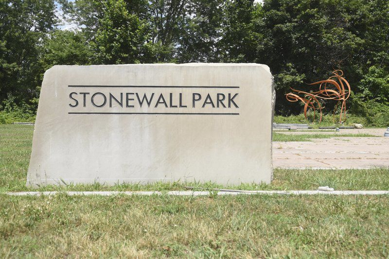 Stonewall Park may become parking lot