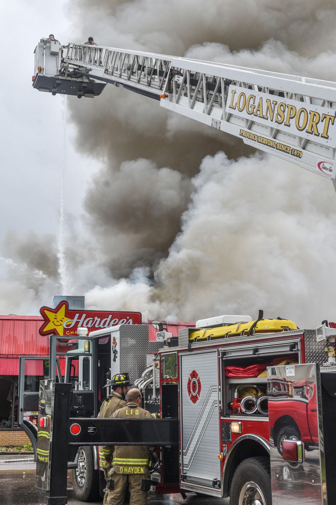 Fire destroys Hardee's