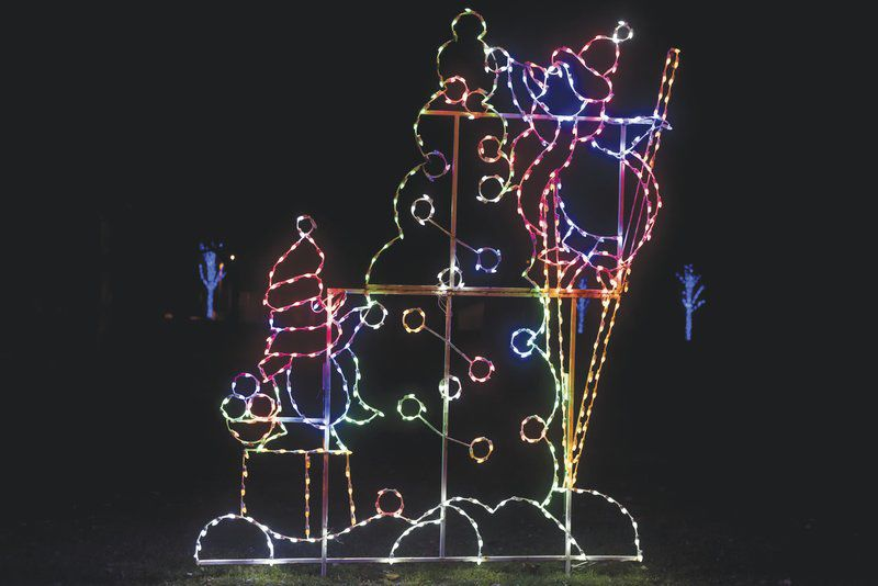 Drive Thru Christmas Light Displays Near Me.Spark At The Park Drive Thru Christmas Light Display Opens
