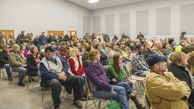 Wind farm opponent speaks at town hall